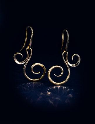 earring cta