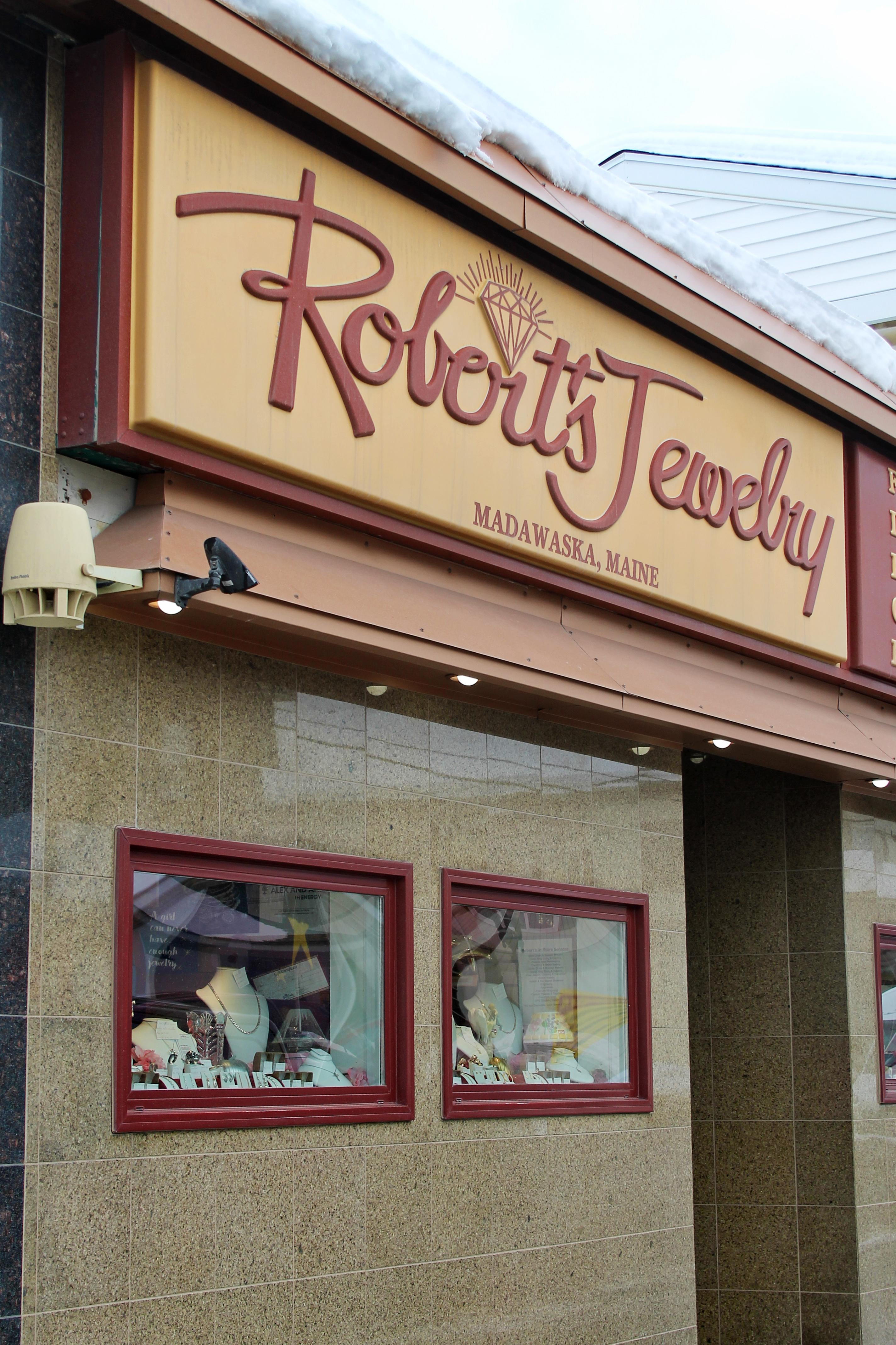 Robert's Jewelry Storefront